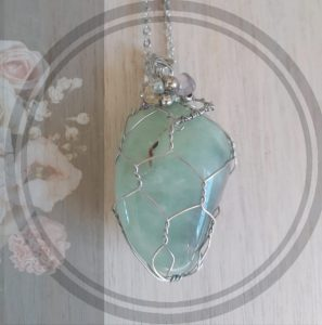 2. Aventurine green stone pendant, silver net setting with chain