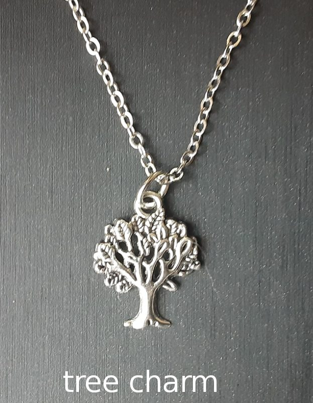 Tree Charm on chain